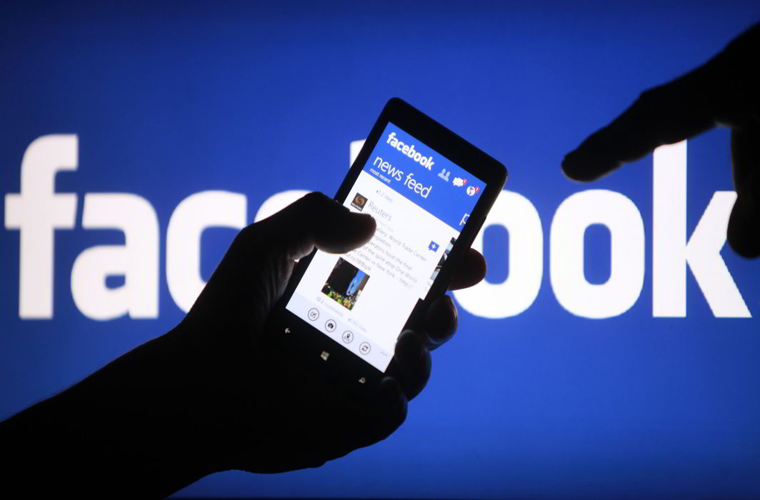 Facebook begins news subscription trials, only for Android users