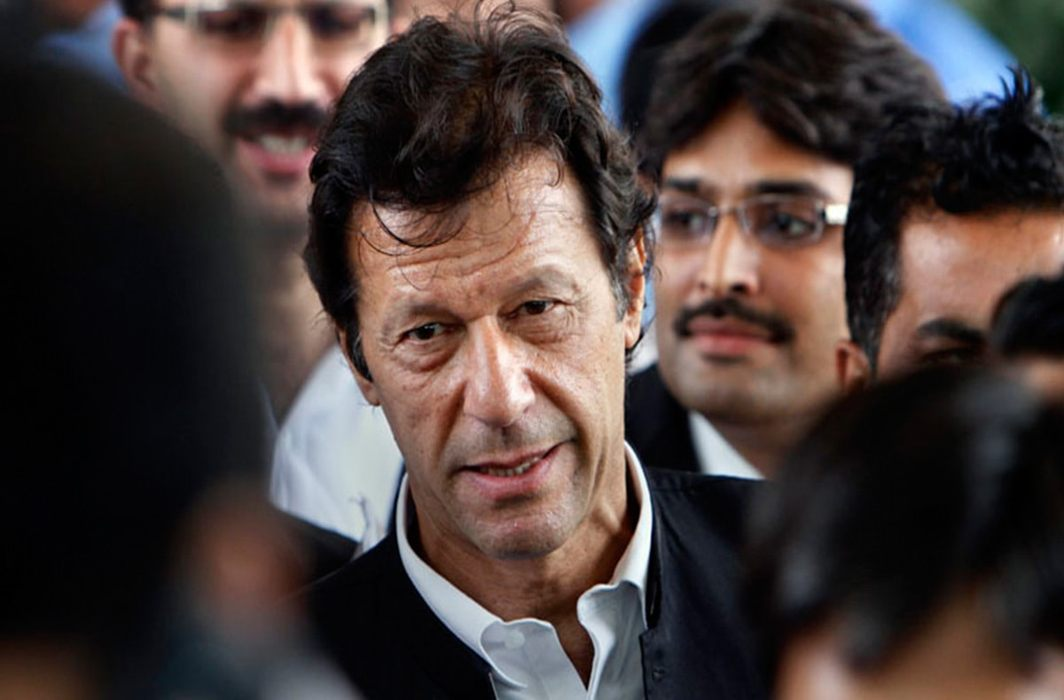 Pak EC issues non-bailable arrest warrants for PTI chief