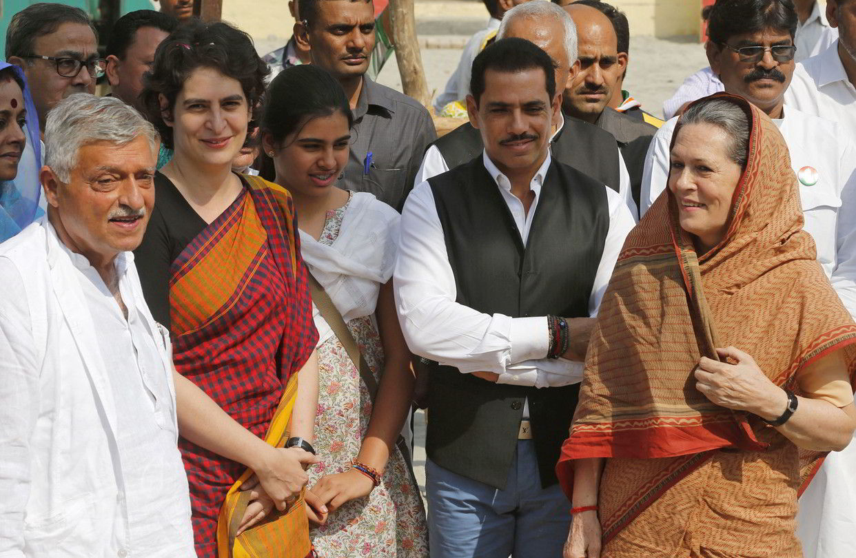 Cash paid for tickets, difficult to prove Bhandari-Vadra link: I-T sleuths