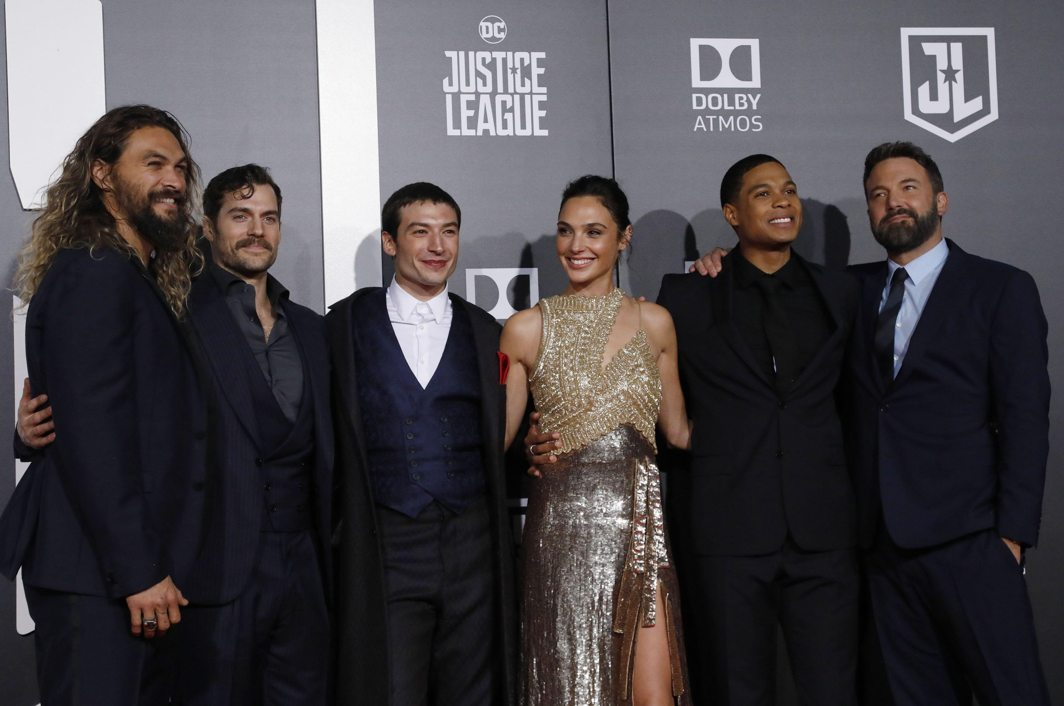 GLAMOUR QUOTIENT: (L-R) Jason Momoa, Henry Cavill, Ezra Miller, Gal Gadot, Ray Fisher and Ben Affleck pose during the world premiere of Warner Bros. Pictures' 'Justice League' in Los Angeles, California, US, Reuters/UNI
