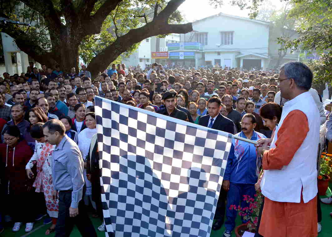 FOR A WORTHY CAUSE: Uttarakhand Chief Minister Trivendra Singh Rawat flags off the 'Run For Good Governance', in Dehradun, UNI