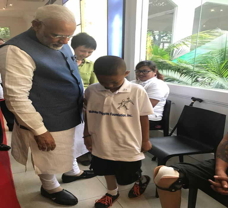 Modi visits Jaipur Foot centre in Philippines