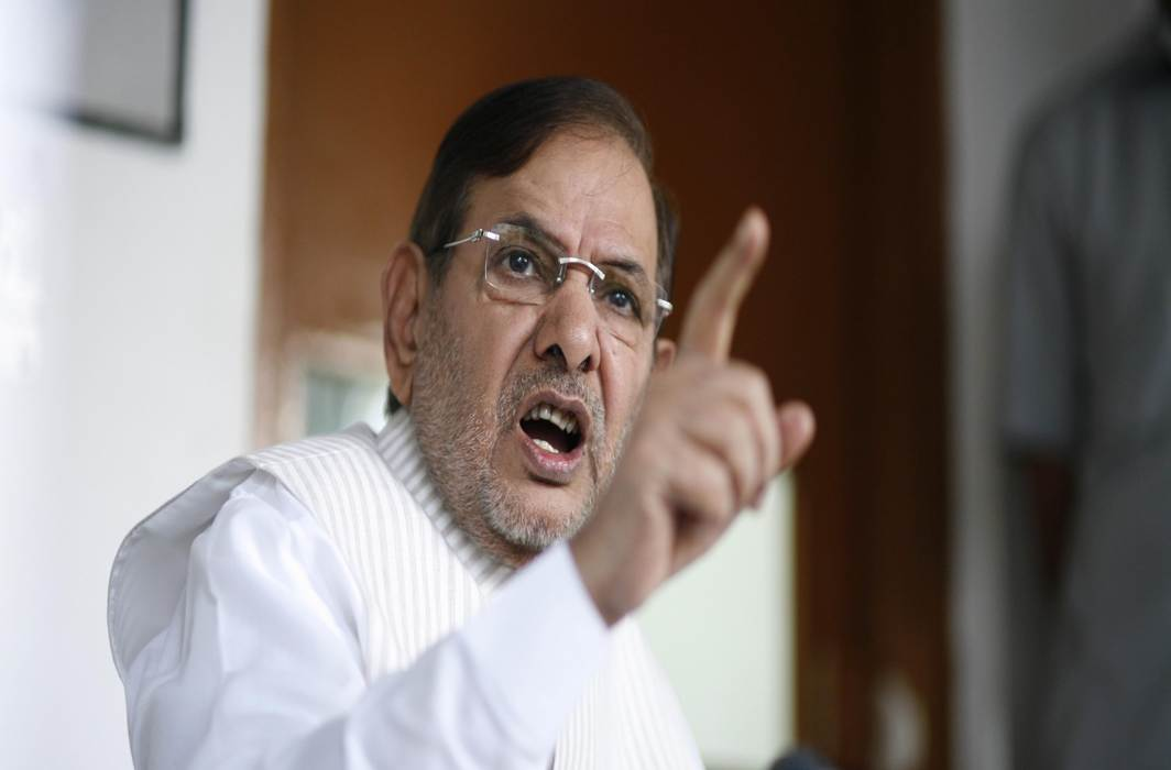 JD (U) rebels Sharad Yadav, Ali Anwar disqualified from Rajya Sabha