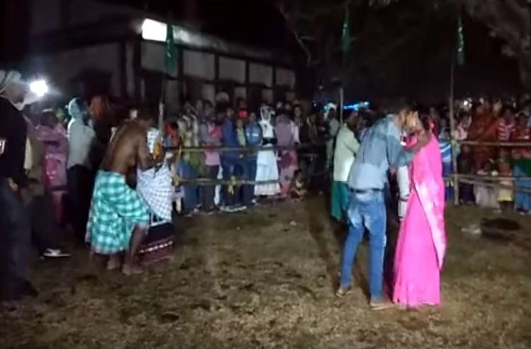 Kissing competition held in Indian state to reduce divorce rates