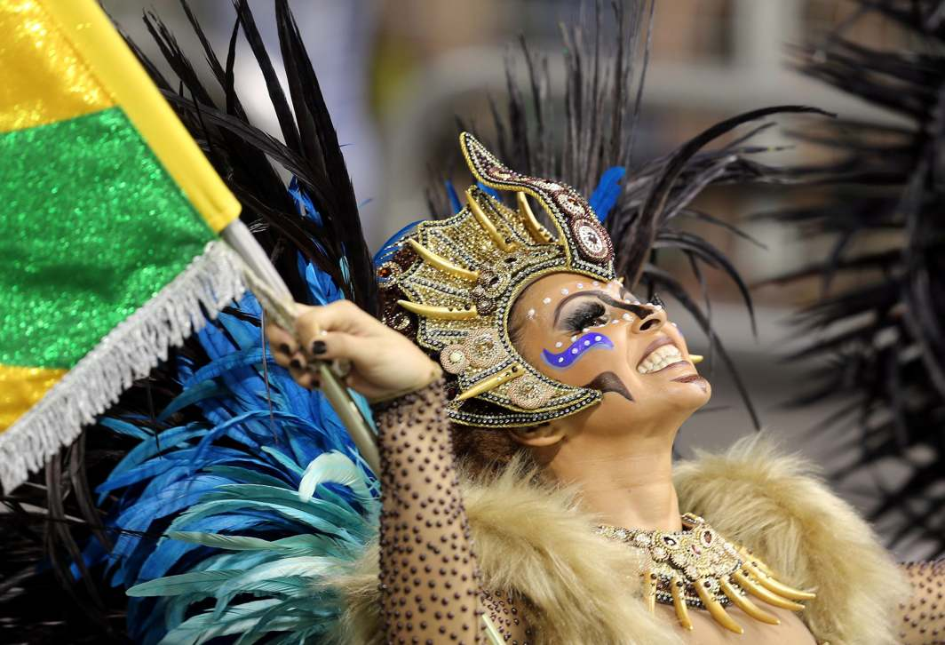 CARNIVAL TIME: A reveler from the Peruche Samba School takes part in a carnival at Anhembi Sambadrome in Sao Paulo, Reuters/UNI