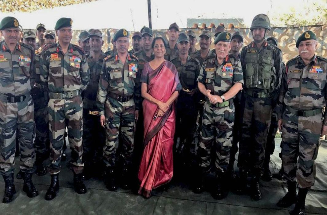 Chinese experts: Defence Minister's China border visit indicates India's priority