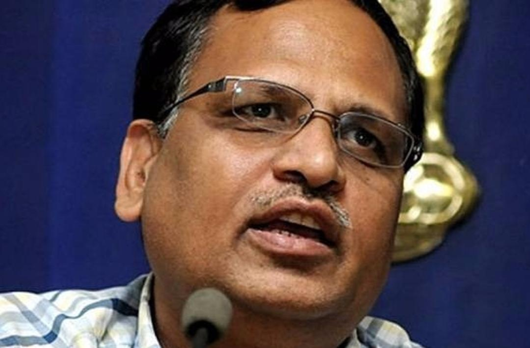 CBI recovers documents 'linked' to Satyendra Jain during raids in corruption case