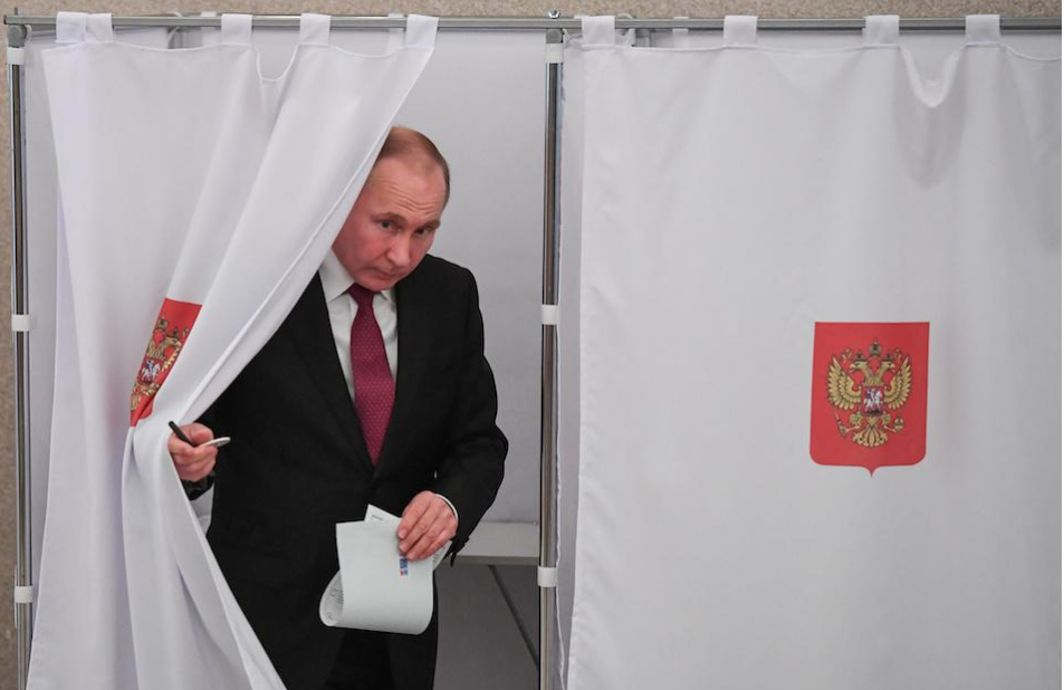 Russians voting to elect next President, Putin getting huge support