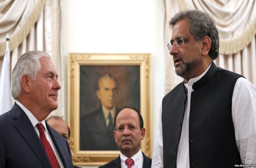 US, Pakistan not to cut ties, work together in Afghanistan