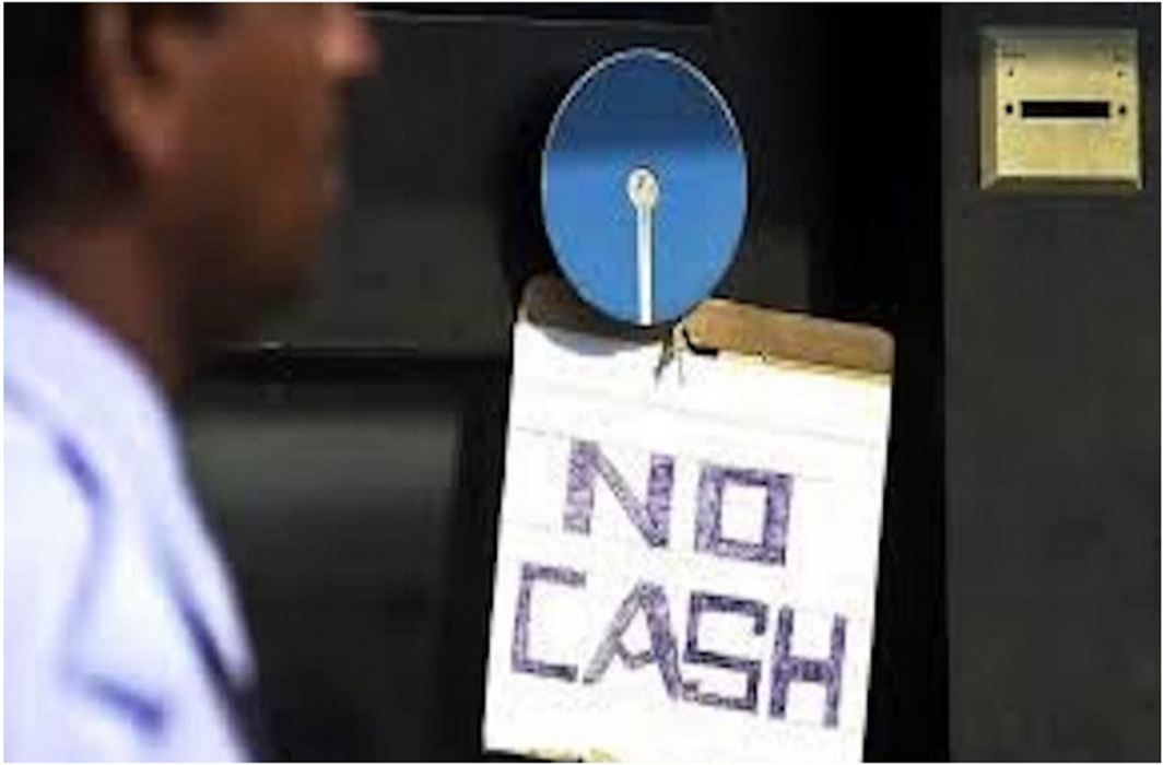 NSUI workers express ire over shortage of money in ATMs