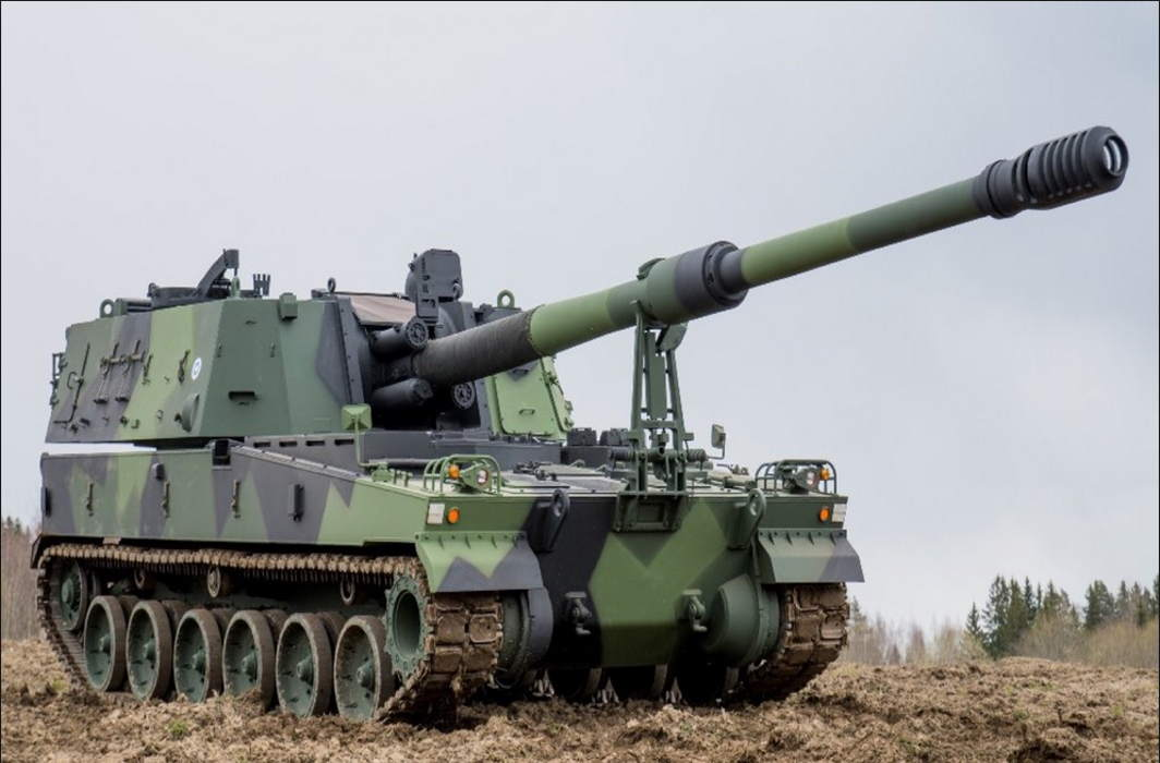 Indian army to get self-propelled K9 VAJRA-T 155mm/52 calibre howitzer