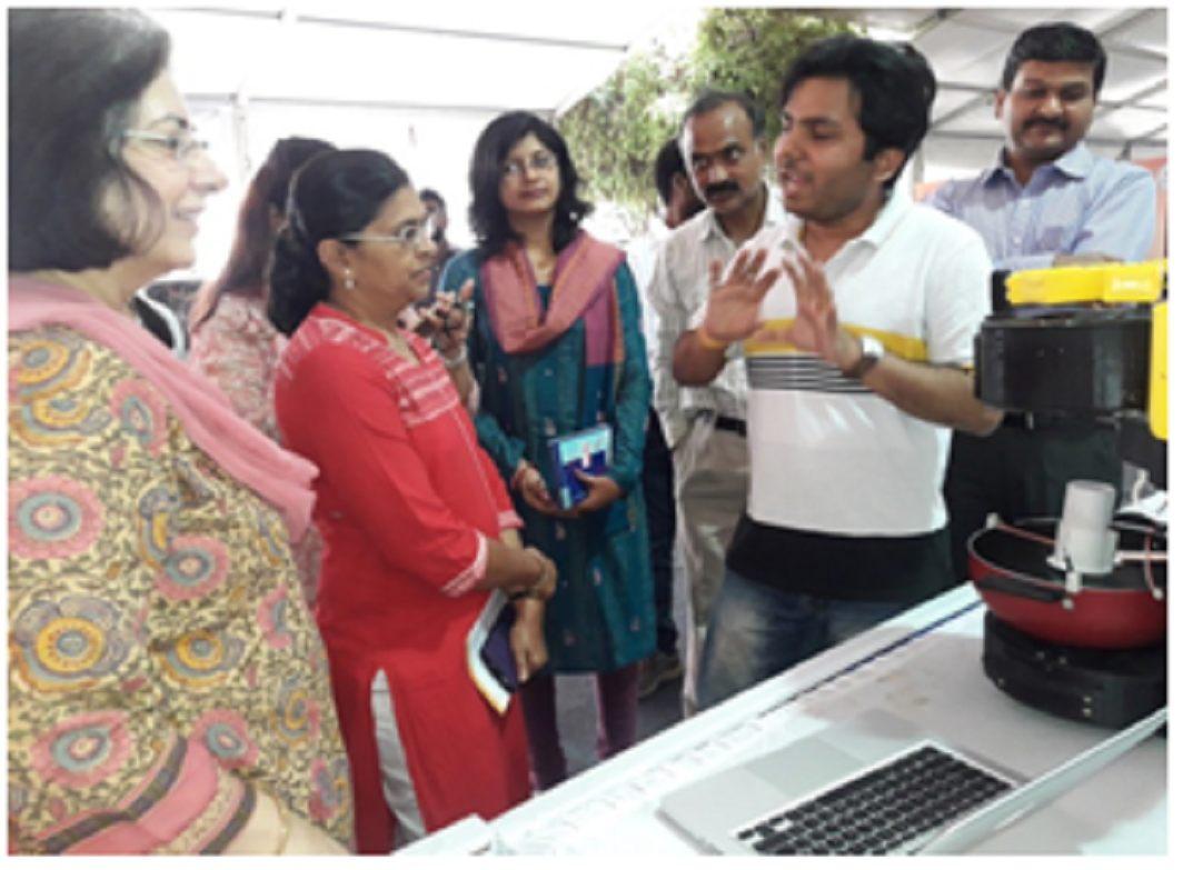 Abhishek Bhagat explaining about his innovation