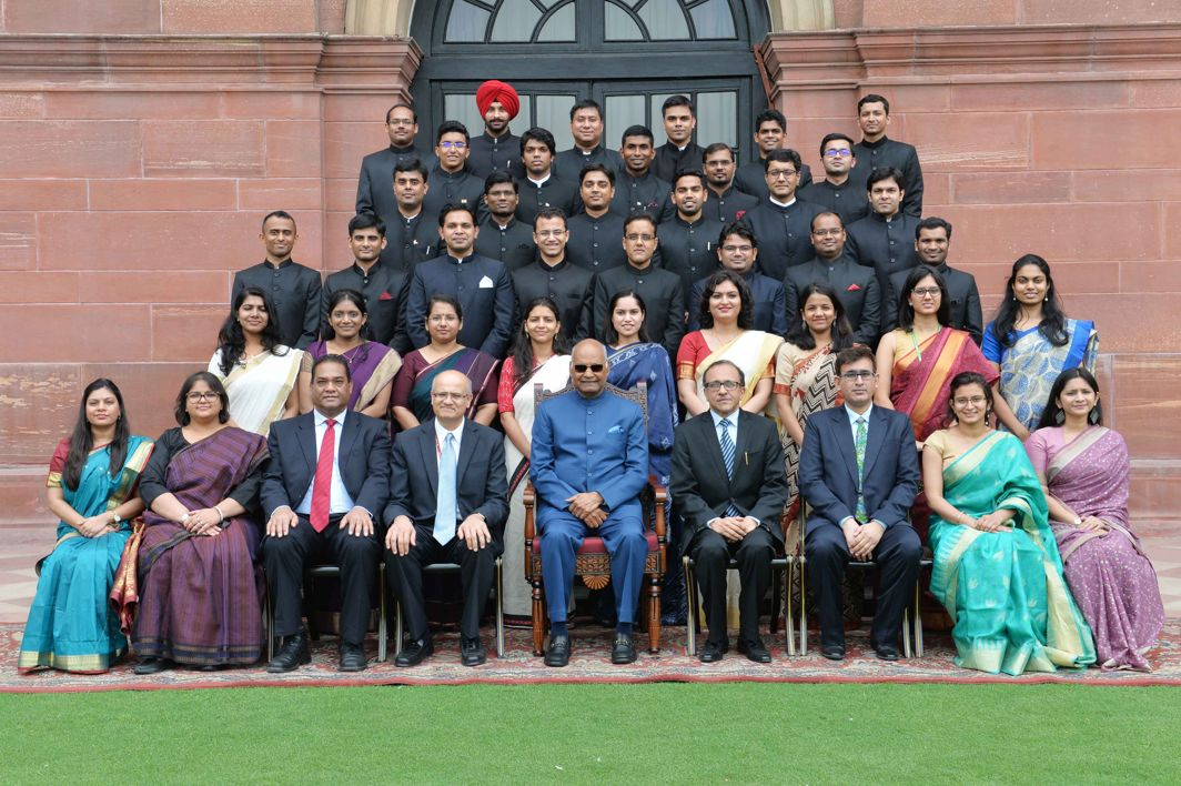 President Ram Nath Kovind pose for a photograph with Officer Trainees of Indian Foreign Service (2017 Batch) from Foreign Service Institute at Rashtrapati Bhavan, in New Delhi, UNI