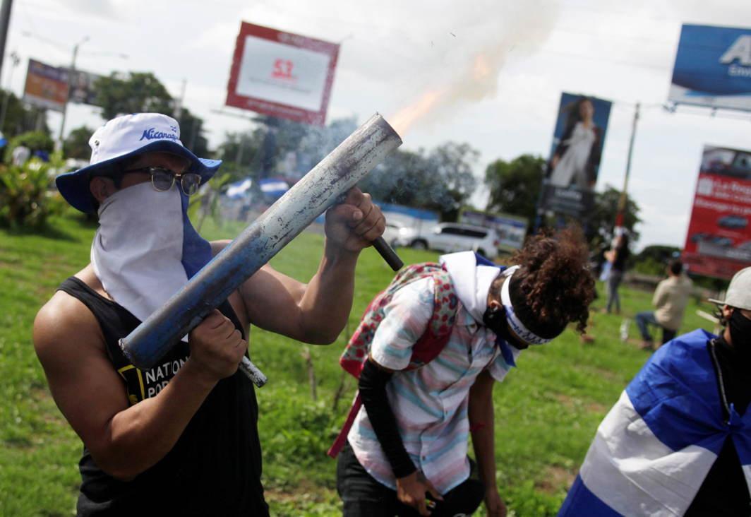 Demonstrators protest against the government of Nicaragua's President Daniel Ortega, in Managua, Nicaragua, Reuters/UNI