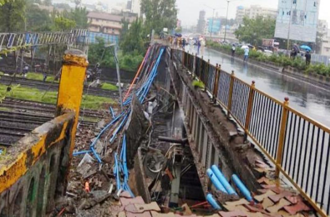 Mumbai's Andheri Bridge Collapses: 6 Injured, 2 Critical