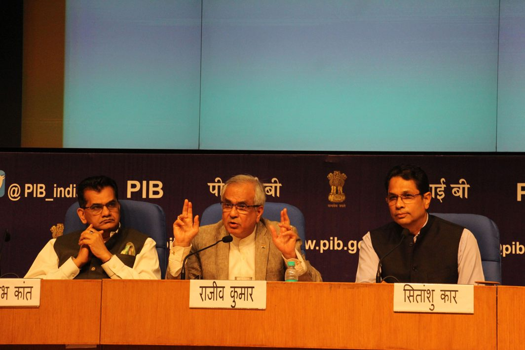 Vice-Chairman, NITI Aayog, Rajiv Kumar, briefs the media on the accomplishments of the body as CEO Amitabh Kant listens in at National Media Centre in New Delhi, UNI