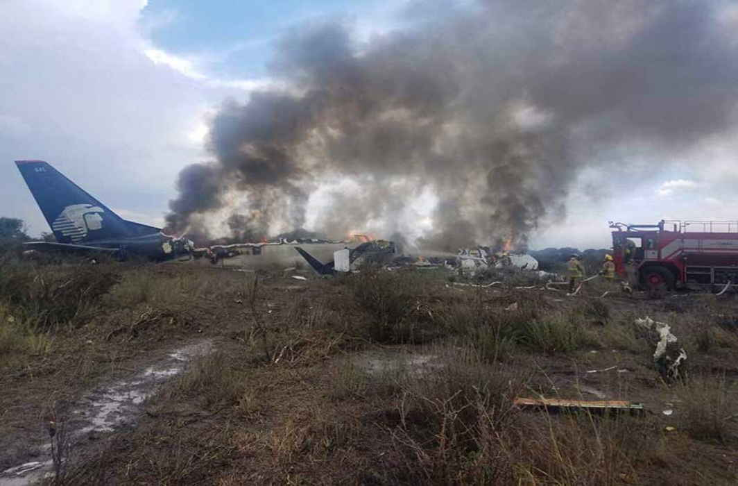No fatalities in Mexico air crash after take-off