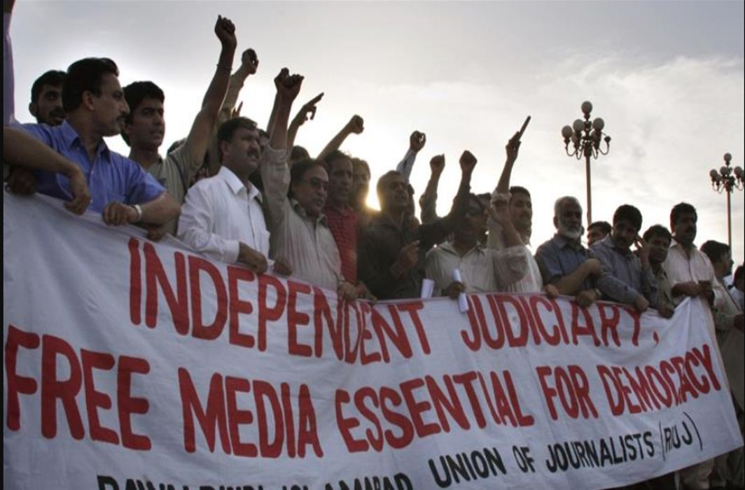 Pakistan military curtails freedom of press through illegal means: CPJ