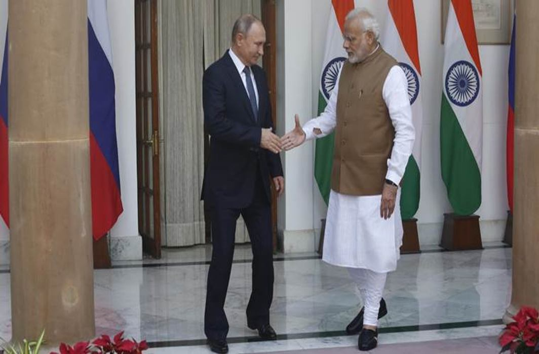 India ignores US warnings to sign S-400 air defence system deal with Russia