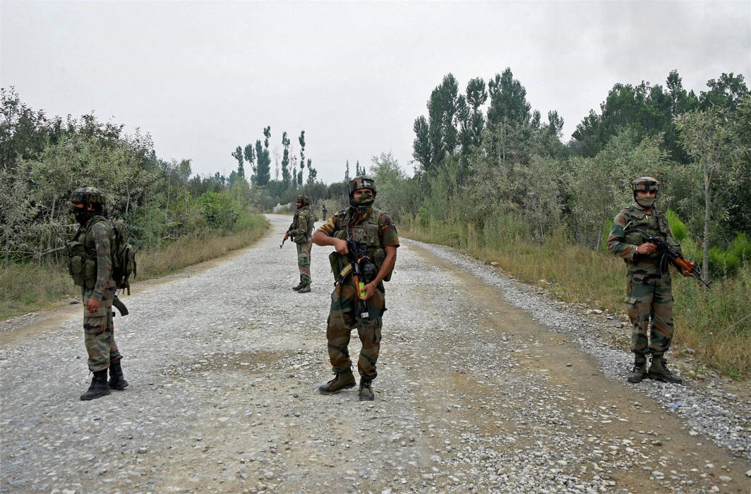 One soldier killed and four militants shot dead in encounter in Kashmir's Shopian