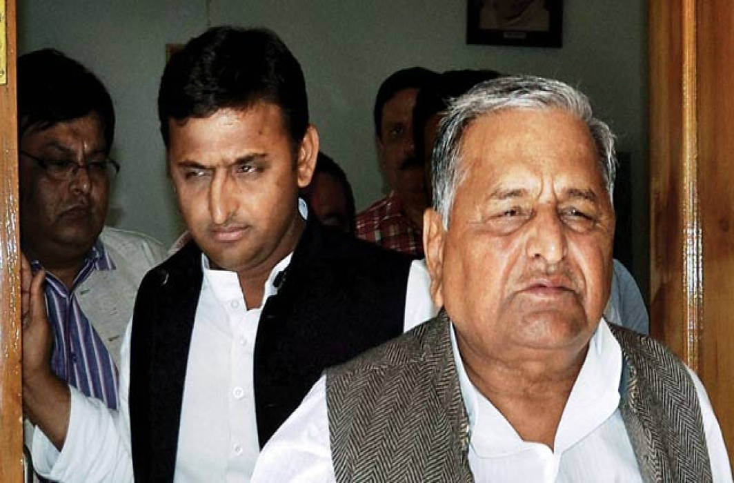 SC asks CBI for status of disproportionate assets case against Mulayam Singh, sons