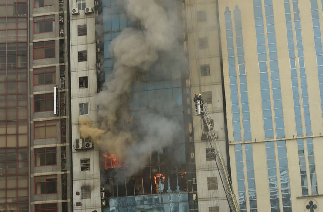 At least 19 killed, 65 injured and many trapped in fire at a multi-storey building: Dhaka