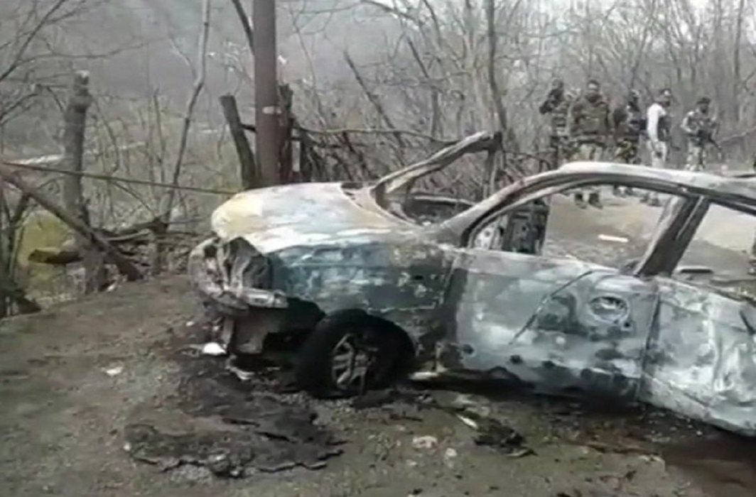 Jammu and Kashmir: Car explodes on Jammu-Srinagar highway, no causalities reported
