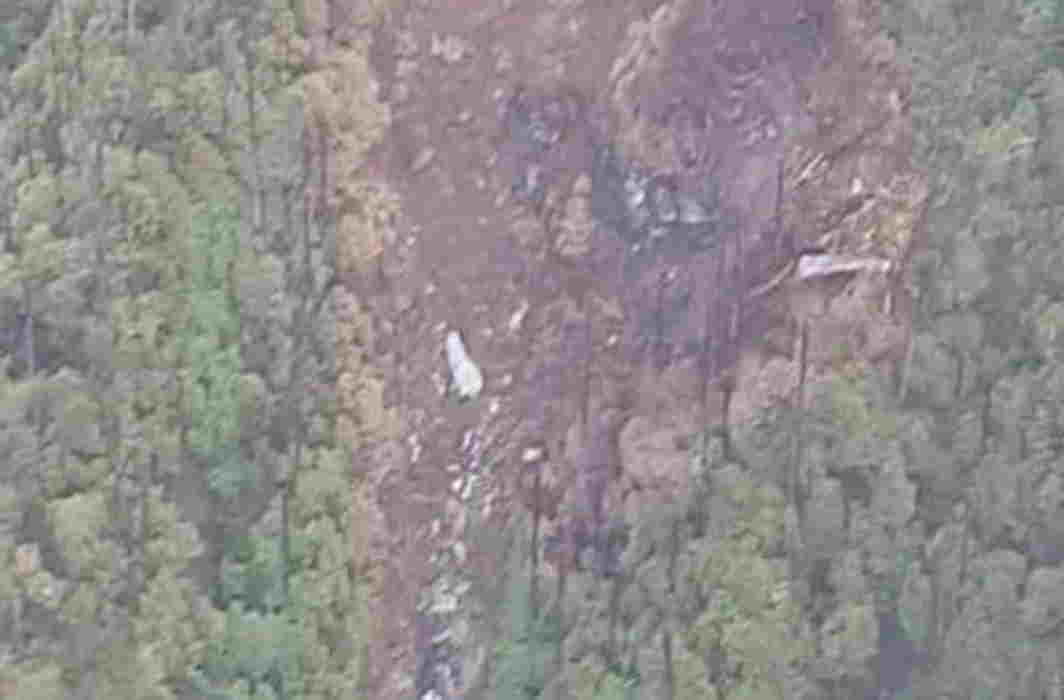 Rescue operations on after AN-32 crash site spotted