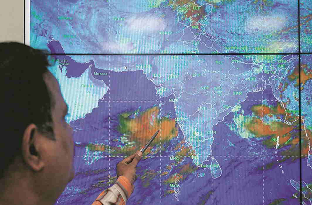 Cyclone Vayu intensifies to very severe category; massive evacuation on in Gujarat