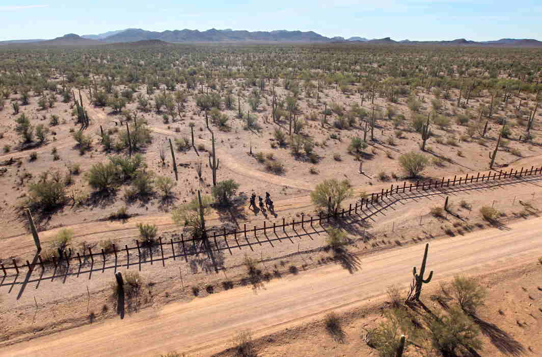 Six-year-old Indian migrant girl dies in Arizona desert while mother searched for water