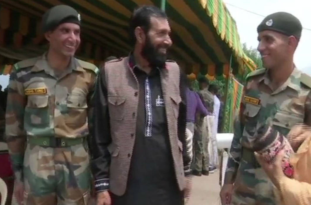 Martyred Aurangzeb's brothers joined Indian Army to fight terrorism and avenge the slain soldier