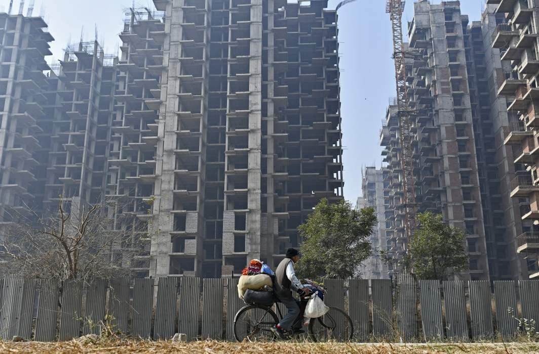 SC orders cancellation of Amrapali group's registration, tells NBCC to complete its projects
