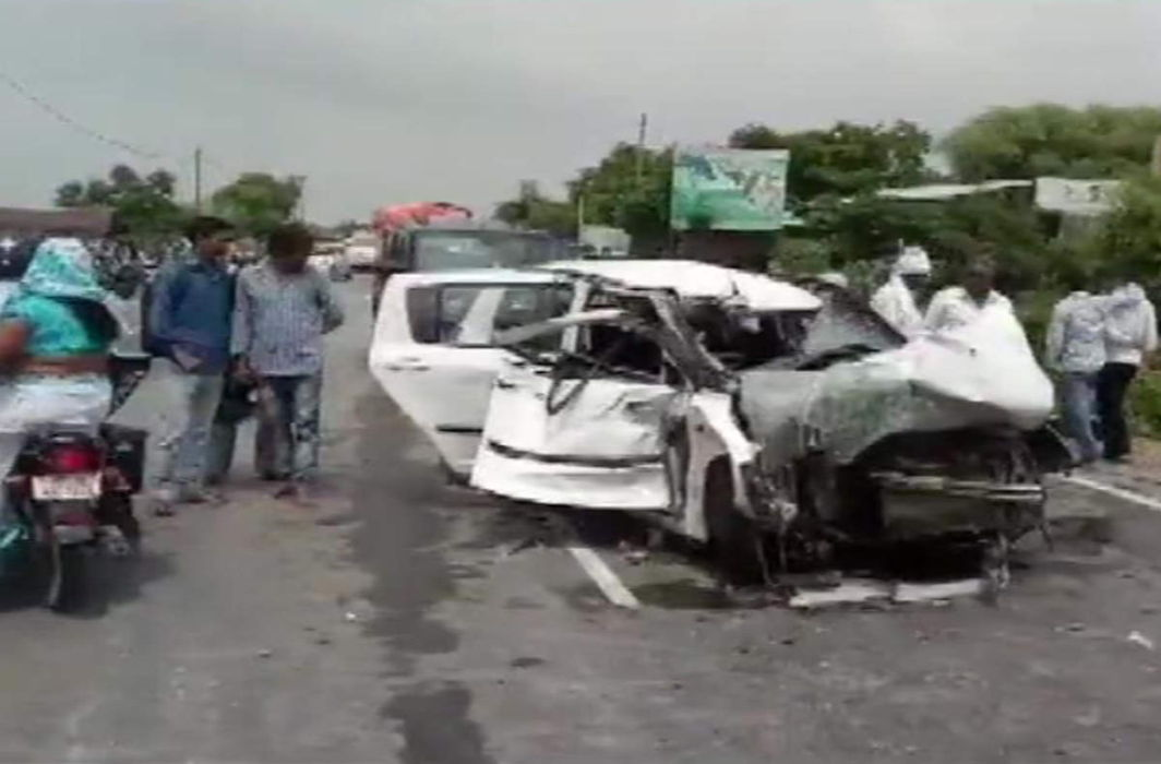 Unnao rape: Murder case against BJP MLA Sengar and others after rape victim's car crash