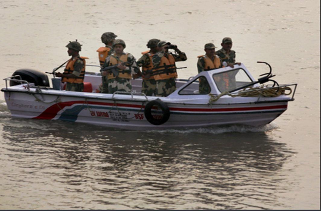 High alert after intel warningof Pak-trained commandos entering Gulf of Kutch
