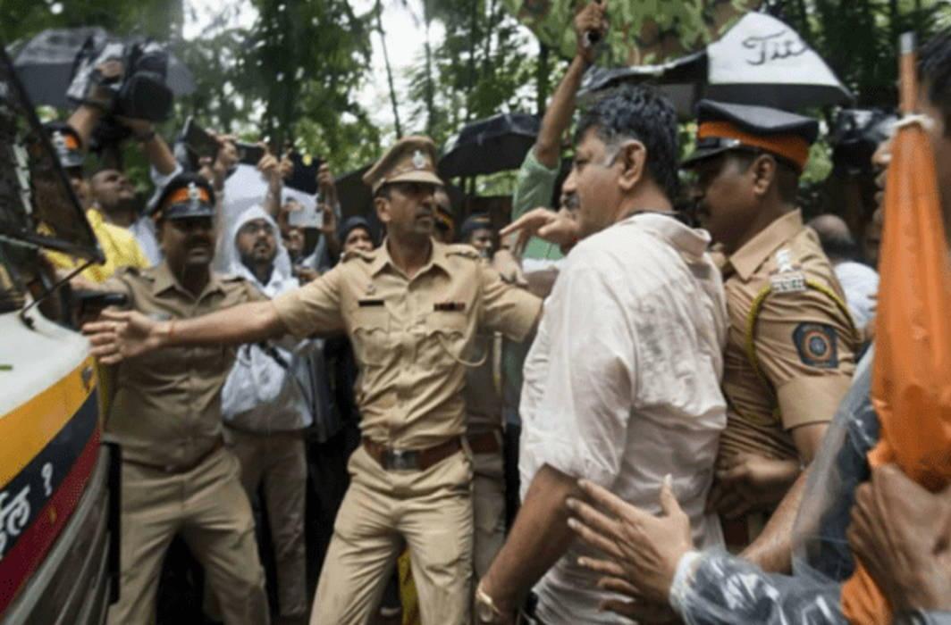 Protest against Shivakumar's arrest hits life in Ramanagara