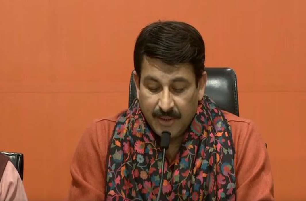 Manoj Tiwari releases candidates list