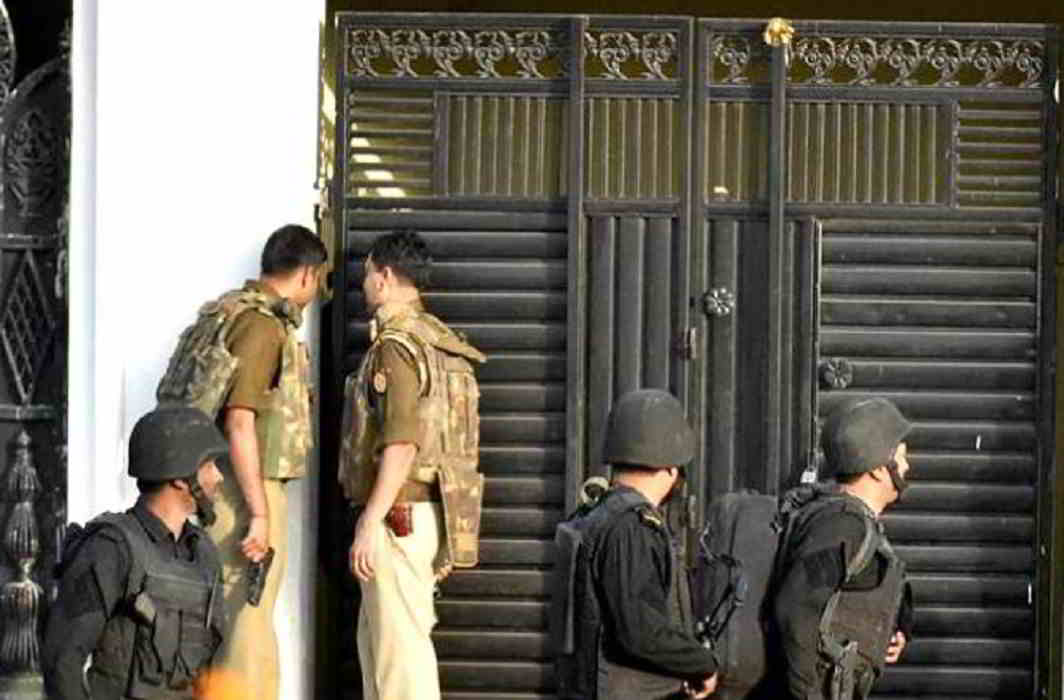Magistrate inquiry of Lucknow Encounter, orders issued by Yogi Sarkar