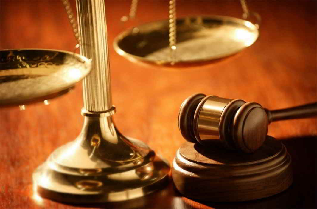 Muzaffarnagar judge hearing 6065 decisions made World Record