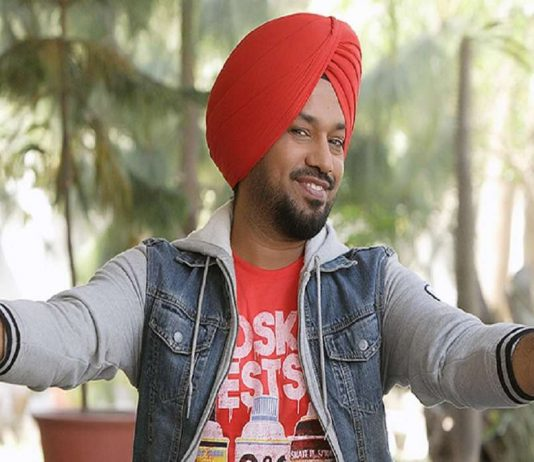 From Delhi to Punjab, 'AAP' continue to booze, Gurpreet Ghuggi resigns
