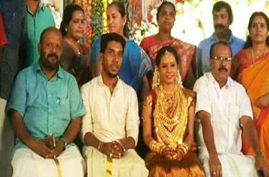 MLA's Daughter's photo viral, stir caused in the party