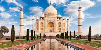 CIC ask Ministry of culture, whether tajmahal is tomb or temple