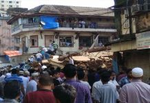 Due to rain, 3-story building collapses in Mumbai, 10 killed