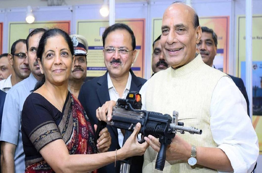 Nirmala Sitharaman will celebrate Dussehra in Kashmir and Rajnath Singh will worship weapons with the soldiers
