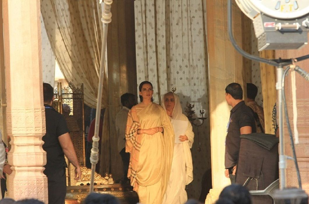 Kangana is doing shooting of Manikarnika movie in Jaipur, Photos viral
