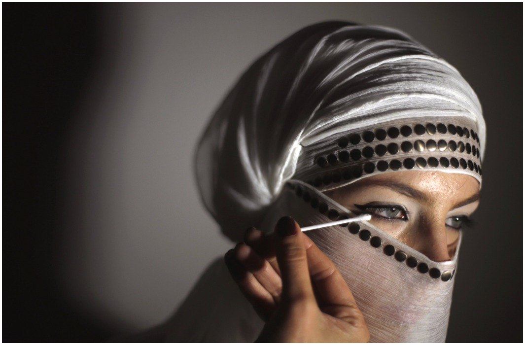 Fatwa issued against Muslim women's hair cutting and eyebrows