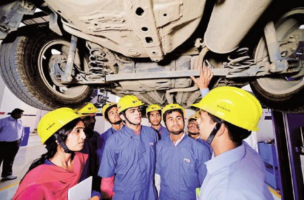 Dharmendra Pradhan: india will send 3 lakh indian youth to get on the job training in japan