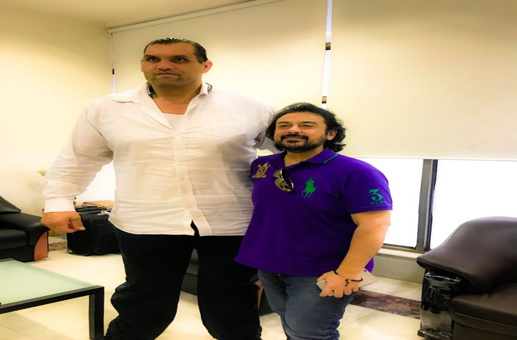 adnan sami trolled on selfie with the great khali