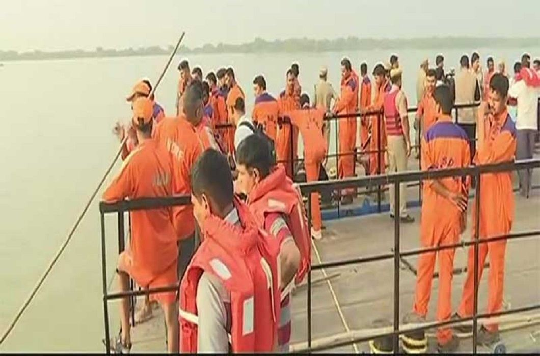 20 killed in boat accident in Krishna river and PM condoles mourning