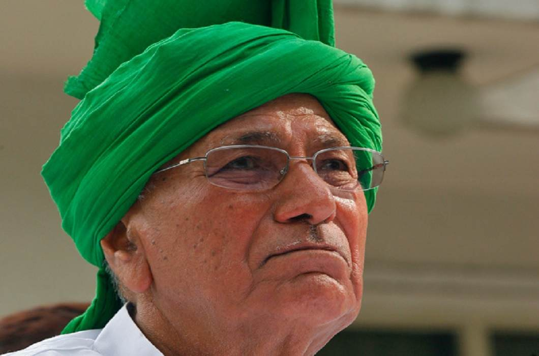 Chautala Wife's condition serious; Chautala seeks parole, court seeks medical report