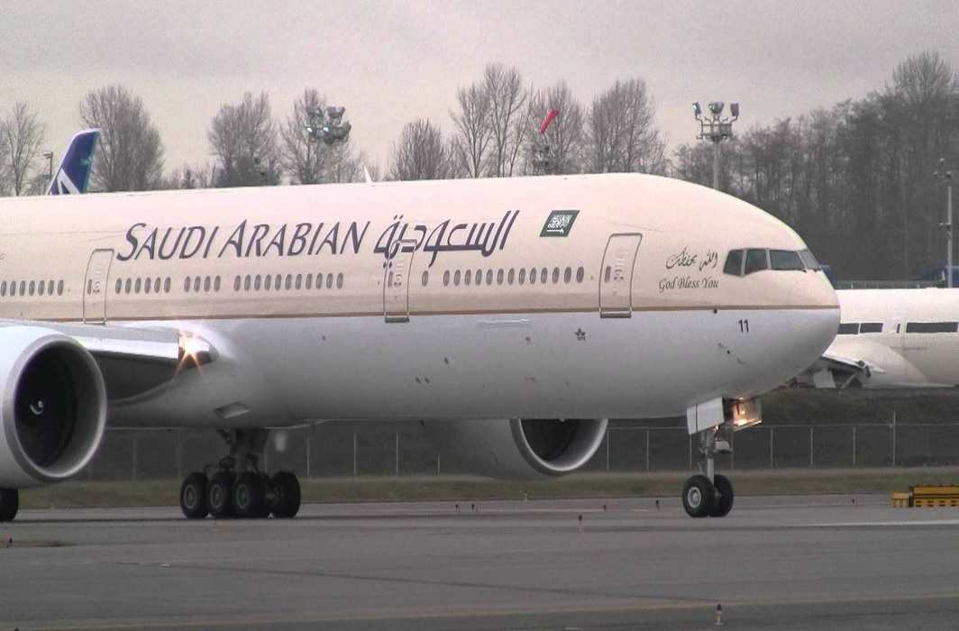 Incident sidestep of saudi airline on lucknow airport